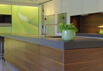 Küchen mit Naturstein