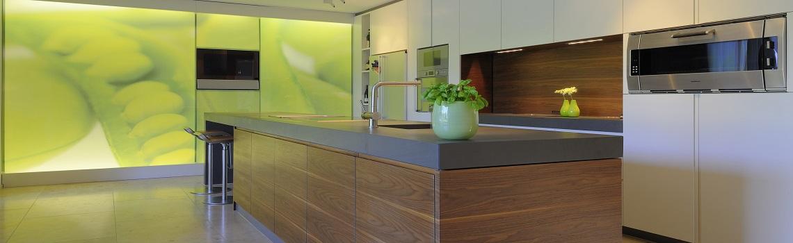 Küchen in Naturstein von Hanser Pfafferott