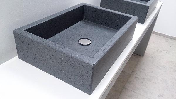 Waschbecken aus Naturstein: Etna Basalt